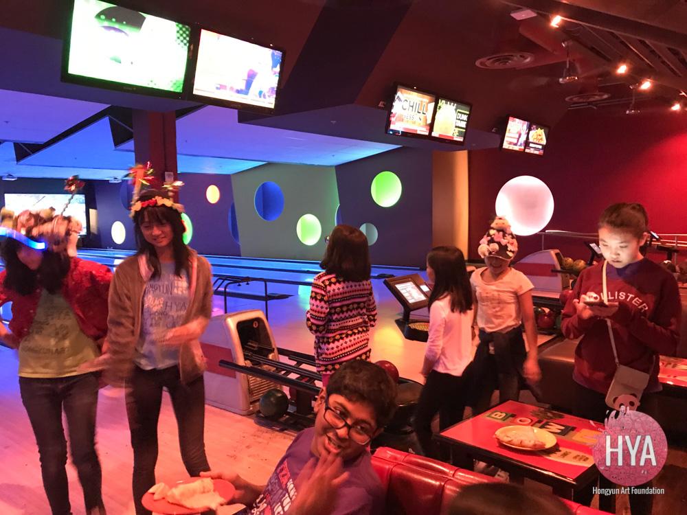 Hongyun-Art-2018-02-TA-bowling-003.jpg