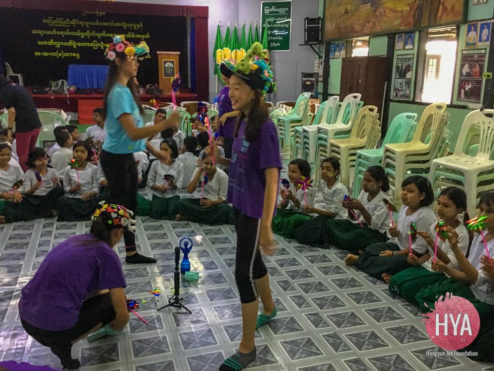 Hongyun-Art--Myanmar-International-Summer-Camp-118.jpg