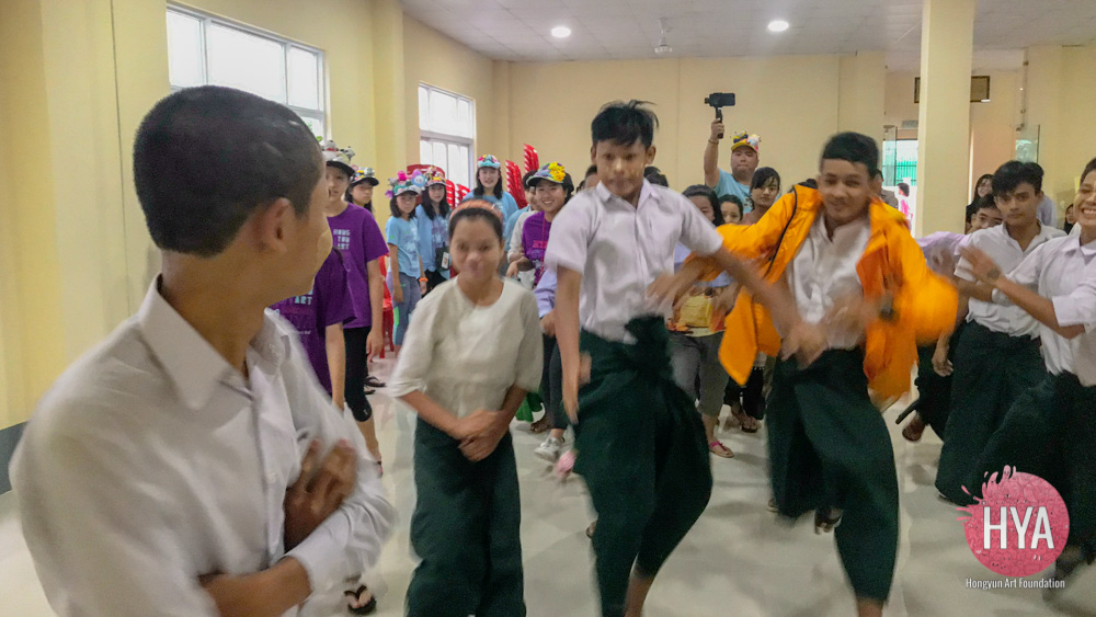Hongyun-Art--Myanmar-International-Summer-Camp-253.jpg