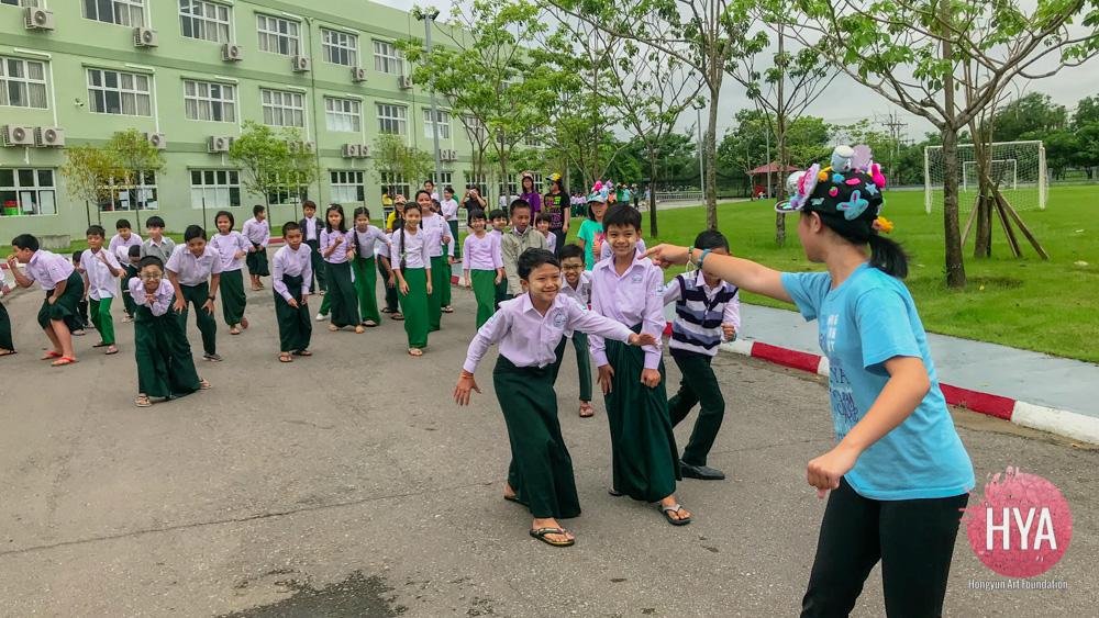 Hongyun-Art--Myanmar-International-Summer-Camp-325.jpg