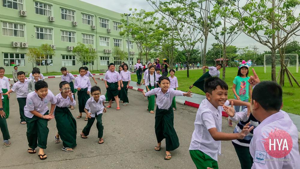 Hongyun-Art--Myanmar-International-Summer-Camp-328.jpg
