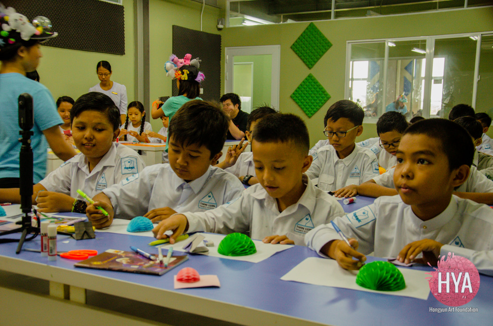 Hongyun-Art--Myanmar-International-Summer-Camp-343.jpg