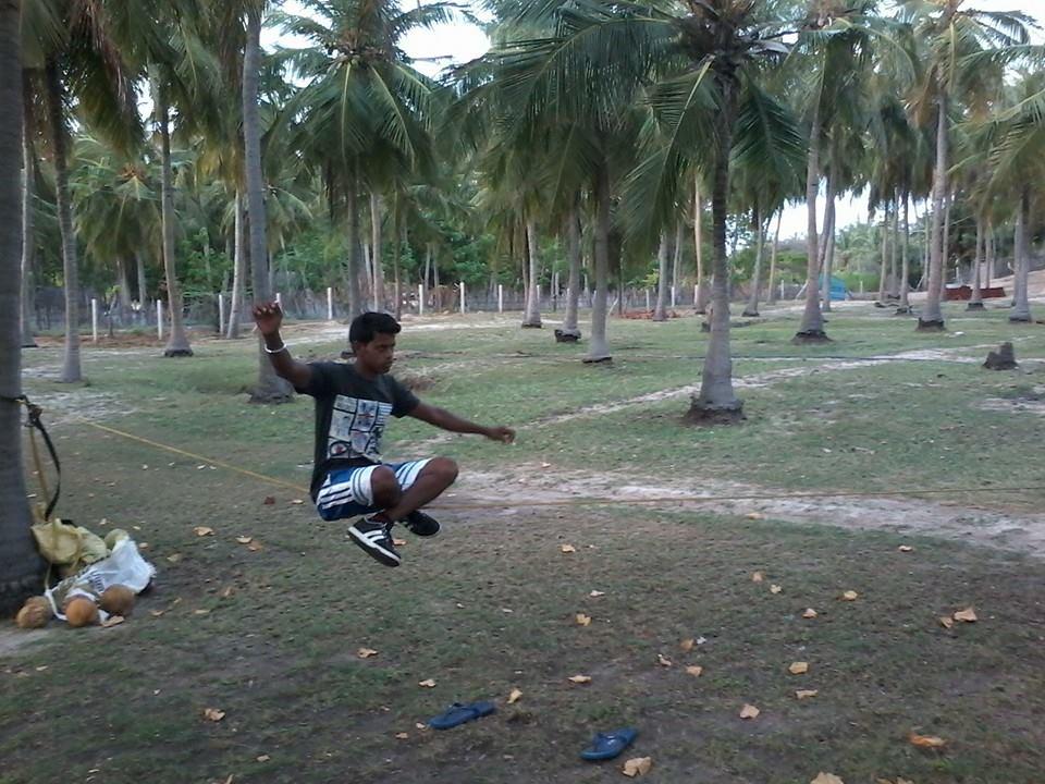 Govinda Hirvale Slack-lining
