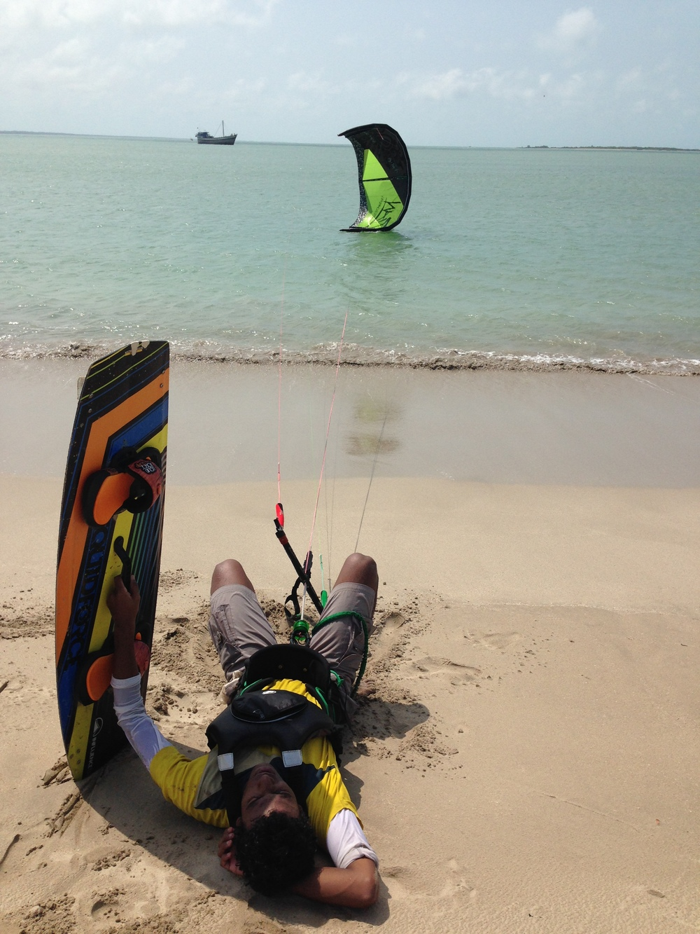 Kiteboarder from Chennai takes a break