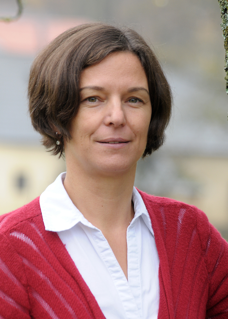 Graf Janine, Ev. Religionslehrerin