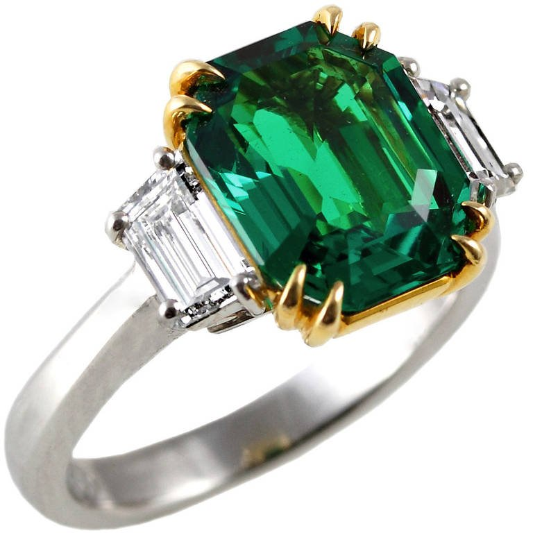 EXCEPTIONAL 3 CT. COLOMBIAN EMERALD (INSIGNIFICANT) AND DIAMOND RING