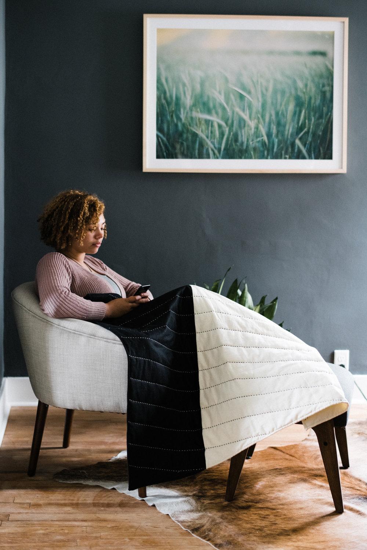 Riane Vessel Quilt Lifestyle3962.jpg