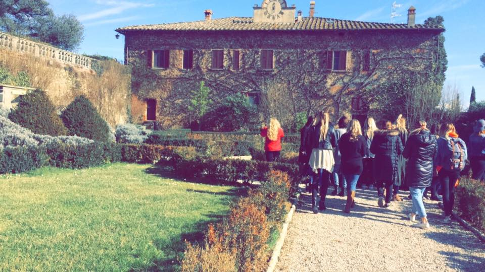 Walking tour of a vineyard in the Tuscan countryside.