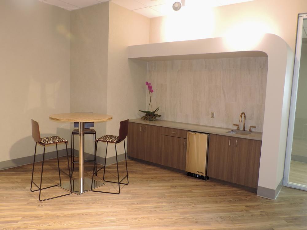 Gallery Room 1.JPG