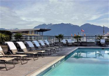 Fairmont pool.png