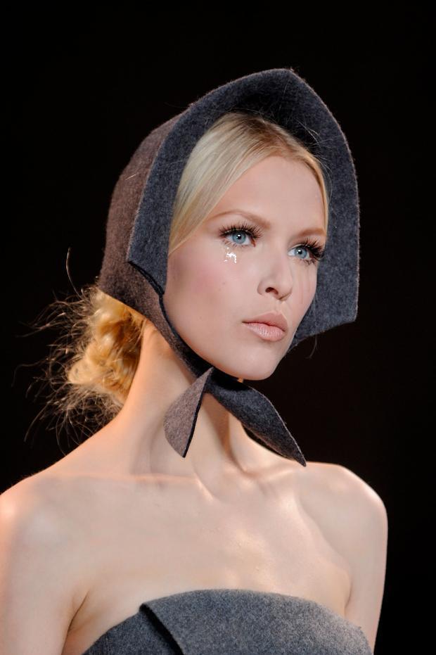 ulyana-sergeenko-details-haute-couture-autumn-2013----pfw1.jpg