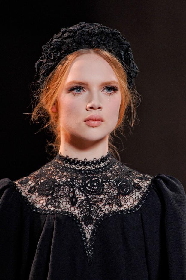 ulyana-sergeenko-details-haute-couture-autumn-2013----pfw6.jpg