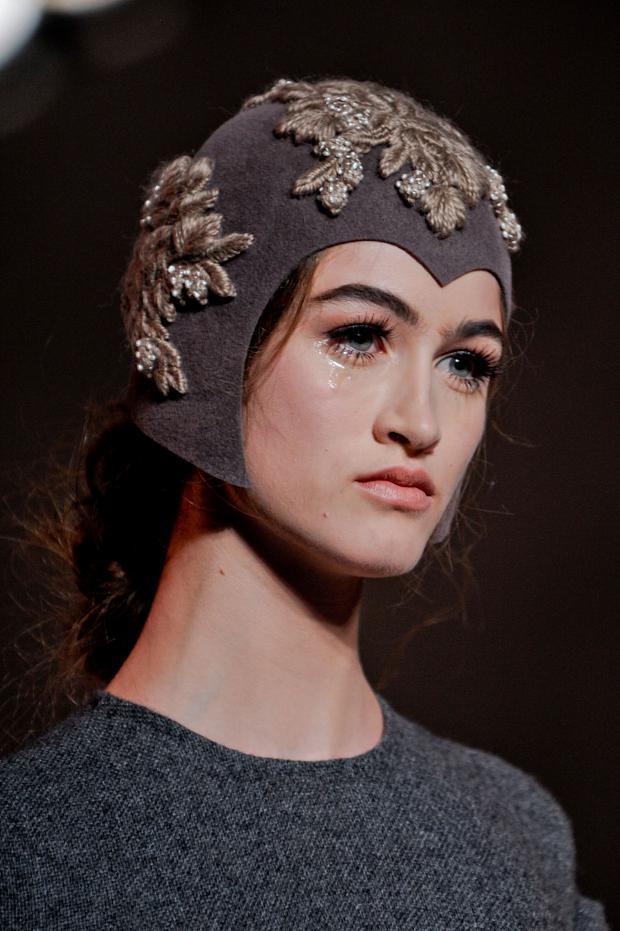 ulyana-sergeenko-details-haute-couture-autumn-2013----pfw30.jpg