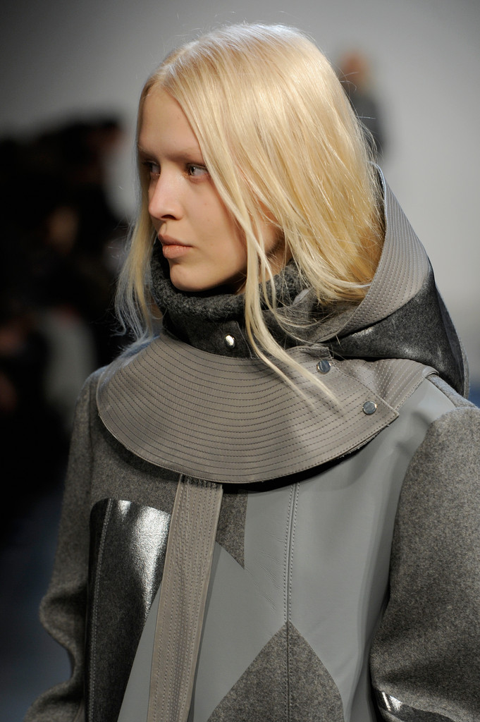 Helmut_Lang_Runway_Fall_2013_Mercedes_Benz_nz_Oi_H.jpg