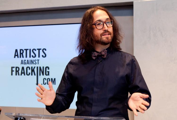 20120829-artists+against+fracking-IMG_7895-Amal+Chen.jpg