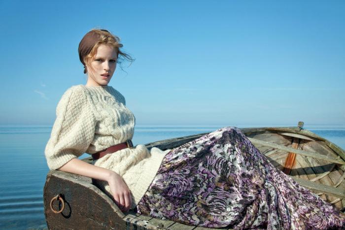 linnea-regnander-by-elisabeth-toll-our-lady-elle-sweden-november-2011-1.jpg