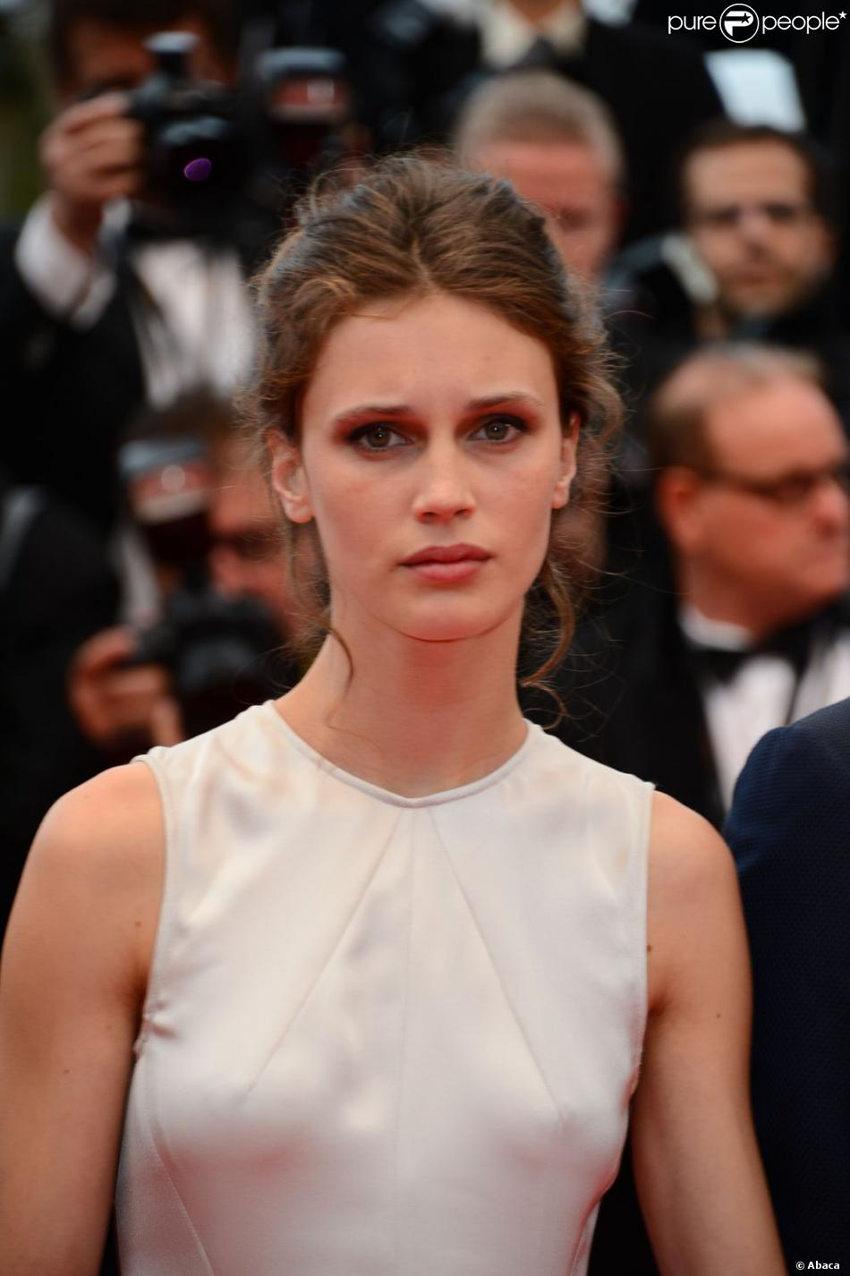 The 26-year old daughter of father (?) and mother Géraldine Pailhas, 173 cm tall Marine Vacth in 2017 photo