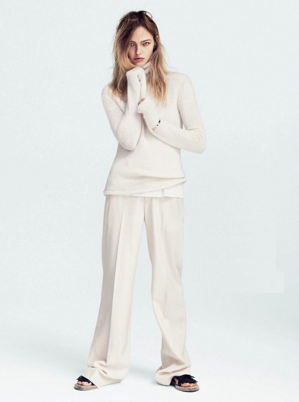 Sasha-Pivovarova-by-Daniel-Jackson-Vogue-UK-July-2014-4.jpg