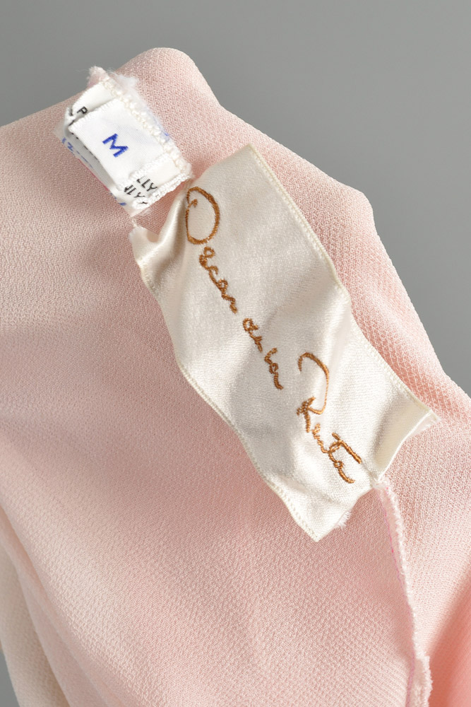 bustown-modern-vintage-oscar-de-la-renta-pink-sheer-scallop-feather-angel-sleeve-midi-dress-012.jpg