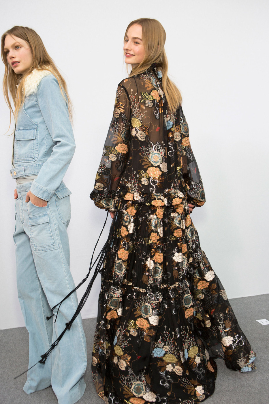 Chloe+Fall+2015+Backstage+0HNGrg9Mc29x.jpg