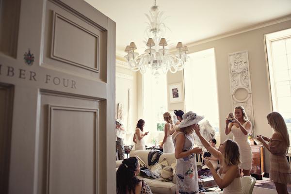 fun-magical-English-wedding-photos-by-Marianne-Taylor-10.JPG