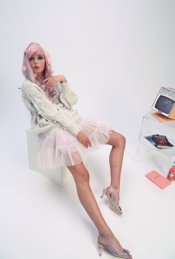 Atomic girls! by Kimberley Gordon. 1960's homage, vintage inspired, pink and dreamy.