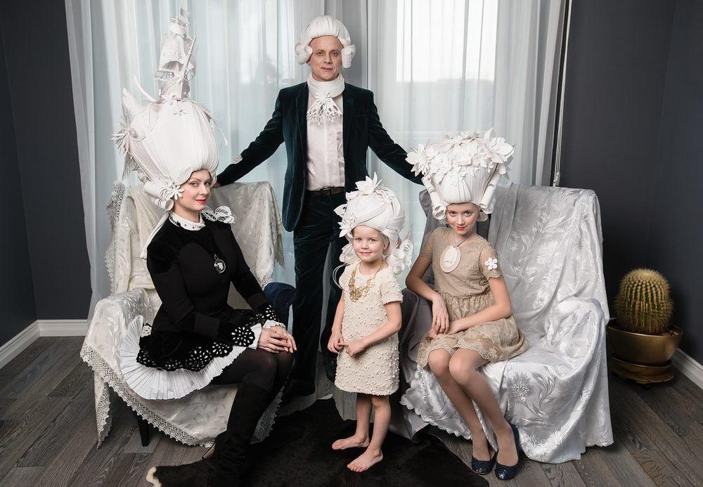 baroque-paper-wigs-mongolian-costumes-asya-kozina-etoday-08.jpg