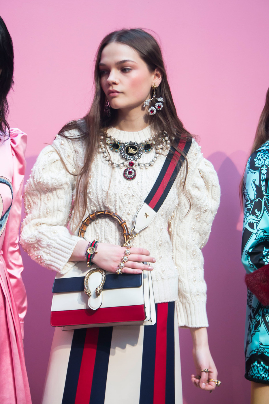 Gucci+Fall+2016+Backstage+HGNwaRxrIC3x.jpg
