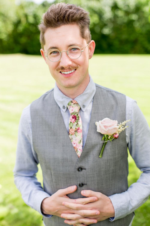 Brudgum rosor.jpg