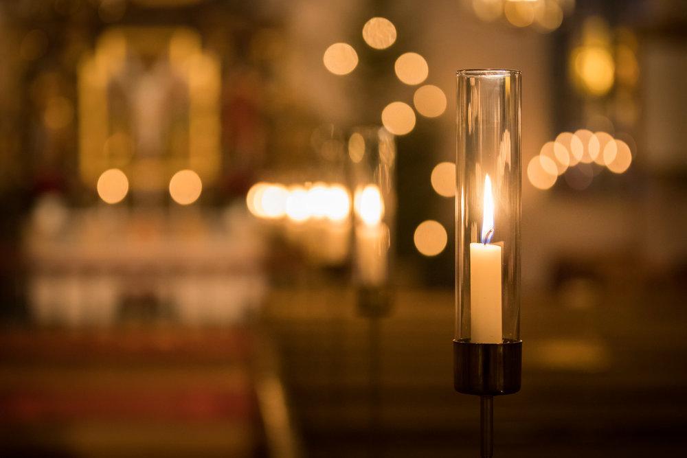 Ljus i kyrkan.jpg
