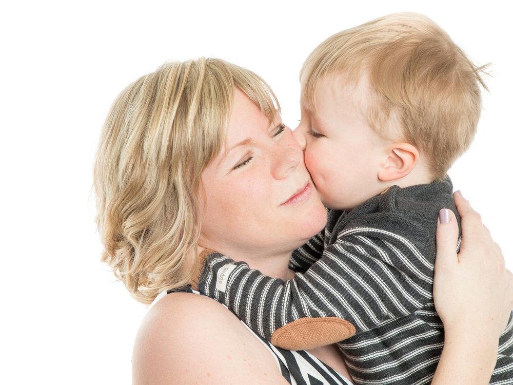 Mamma barn kram