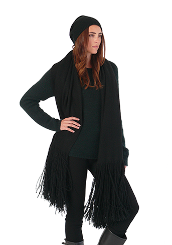 Slouchy-Cap-Long-Fringe-Throw--Hand-Spun-Crewneck--Leggings.png