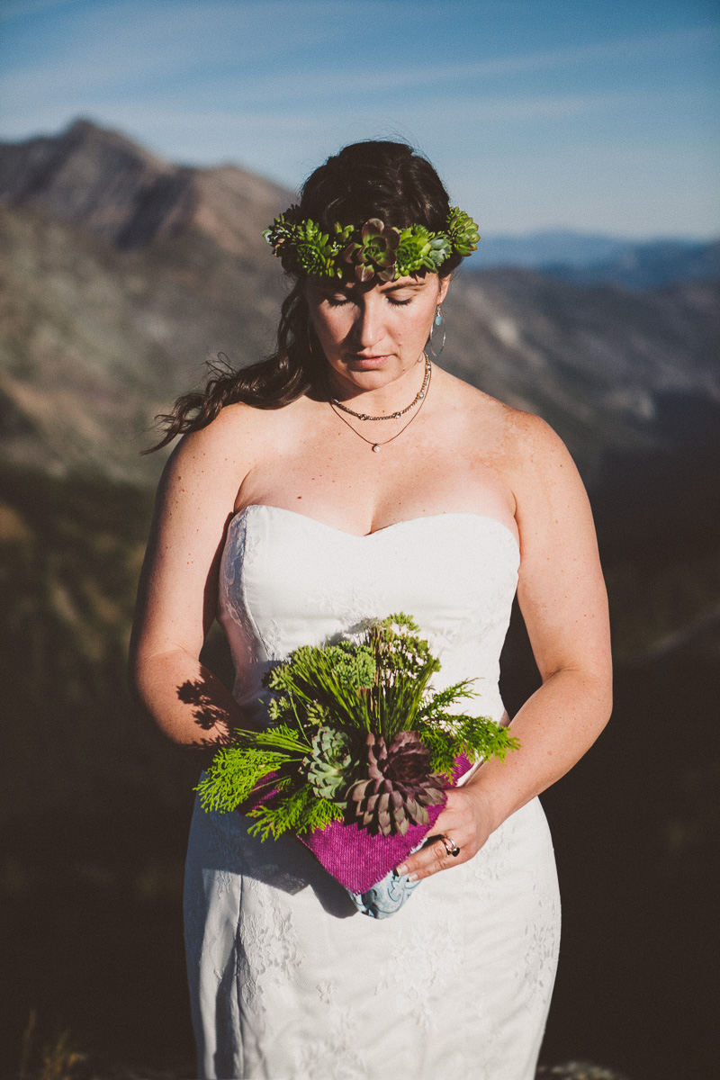 sol-gutierrez-wedding-mazama-winthrop-methow_josmo_0418e-3.jpg