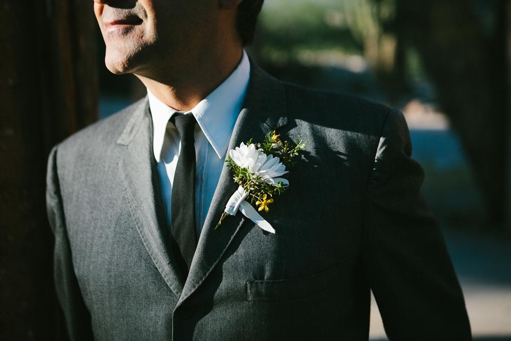 hankandtank_0111_sol-gutierrez-wedding-mazama-winthrop-methow.jpg
