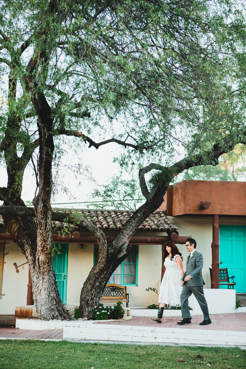 hankandtank_0290_sol-gutierrez-wedding-mazama-winthrop-methow.jpg