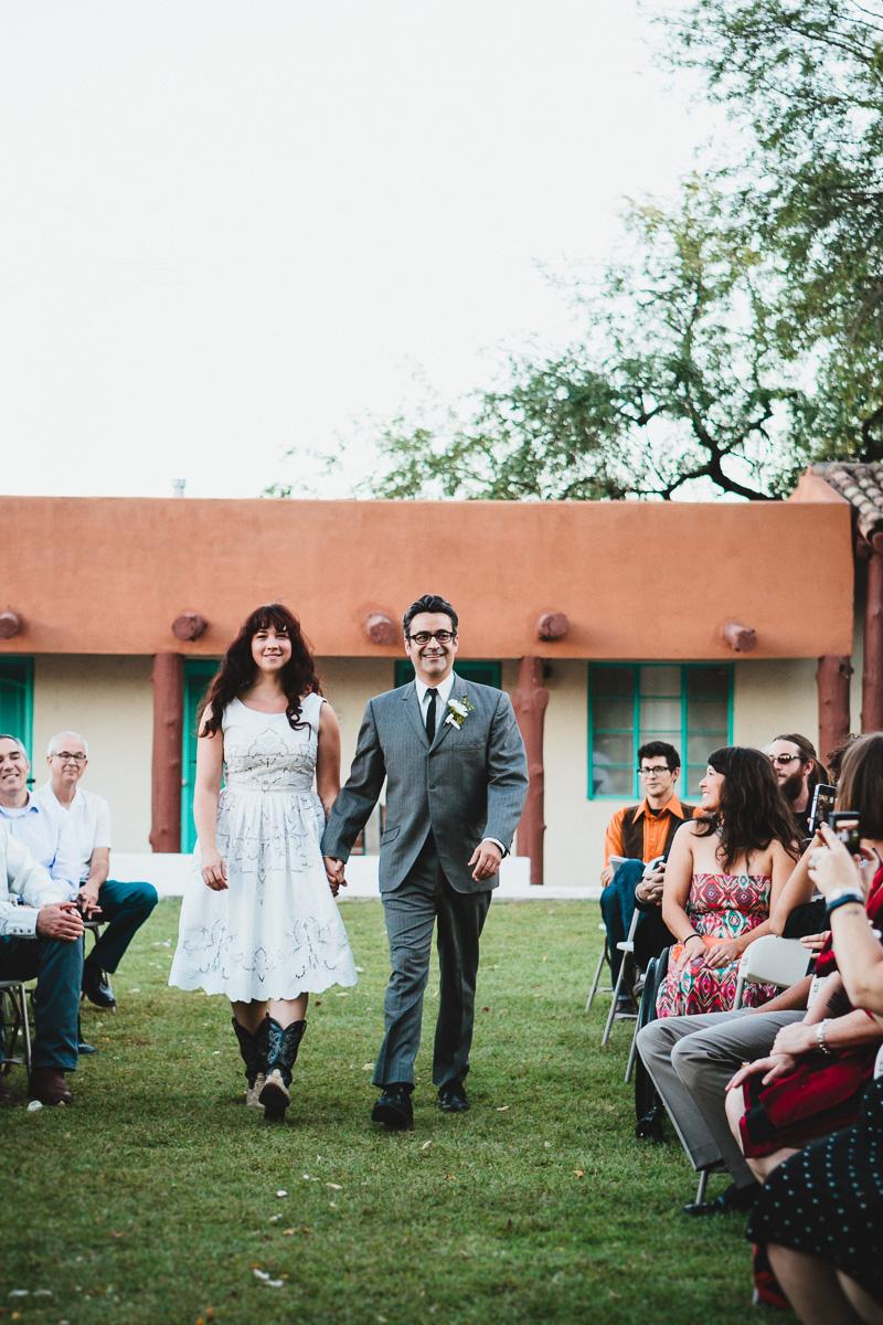 hankandtank_0295_sol-gutierrez-wedding-mazama-winthrop-methow.jpg