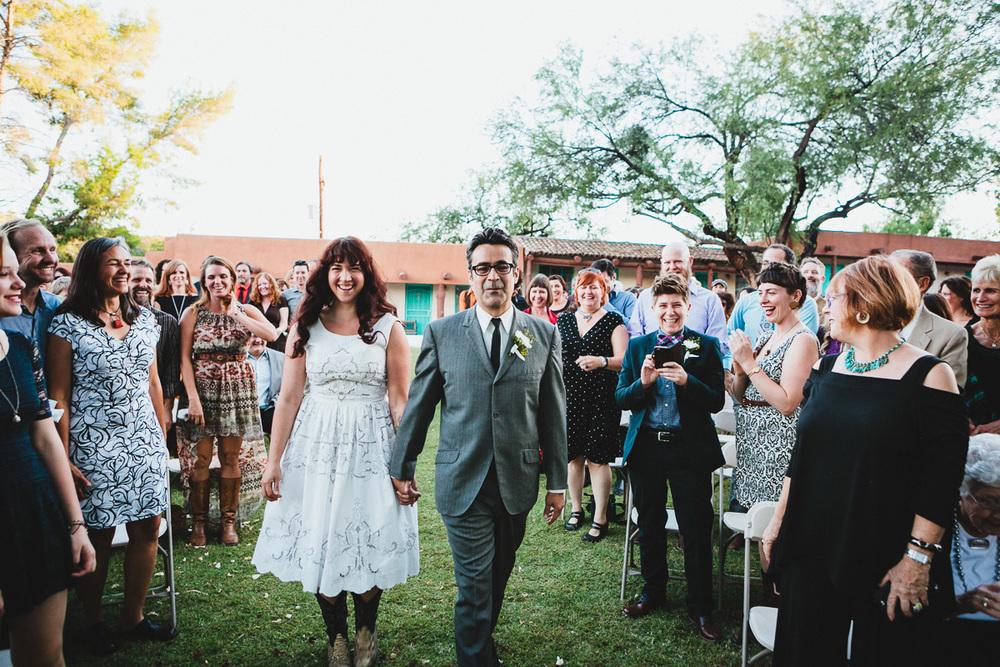 hankandtank_0301_sol-gutierrez-wedding-mazama-winthrop-methow.jpg