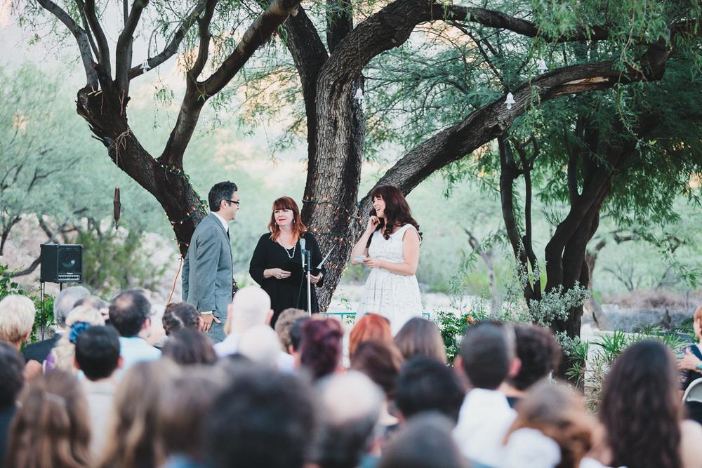 hankandtank_0326_sol-gutierrez-wedding-mazama-winthrop-methow.jpg