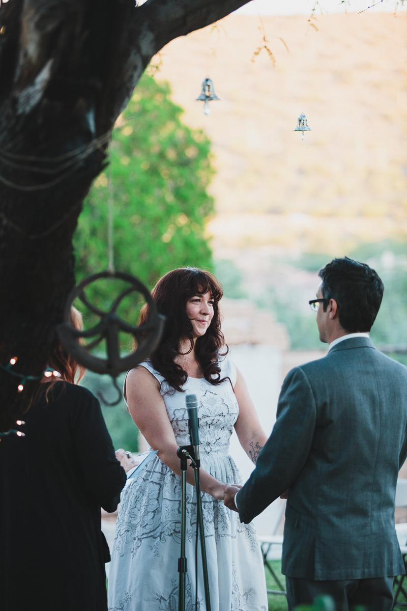 hankandtank_0353_sol-gutierrez-wedding-mazama-winthrop-methow.jpg