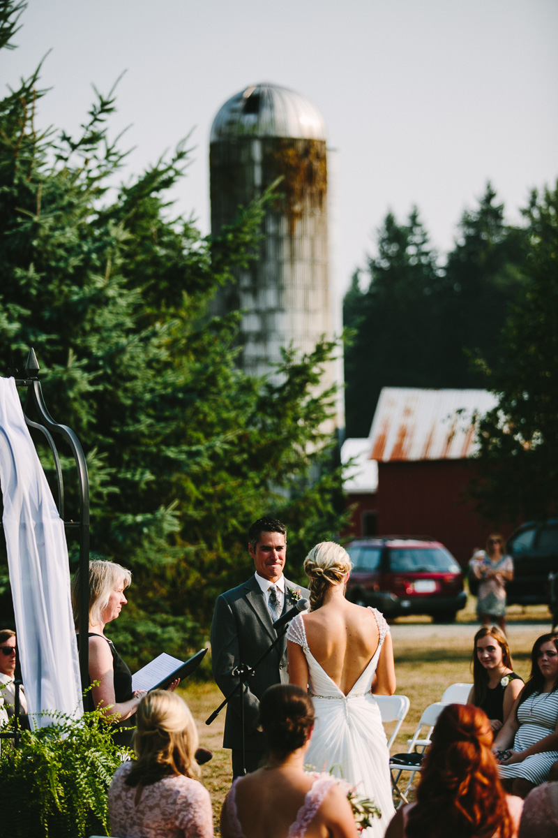 berger_0414_sol-gutierrez-wedding-mazama-winthrop-methow.jpg