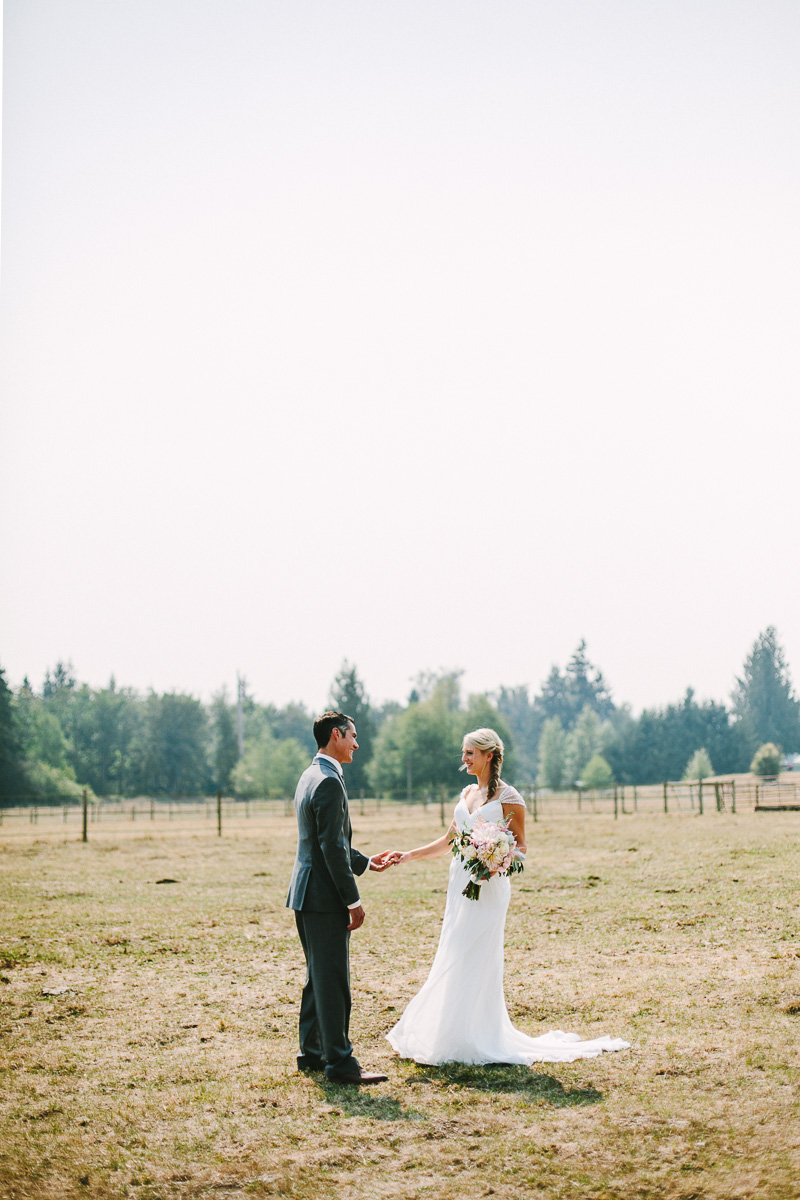 berger_0102_sol-gutierrez-wedding-mazama-winthrop-methow.jpg