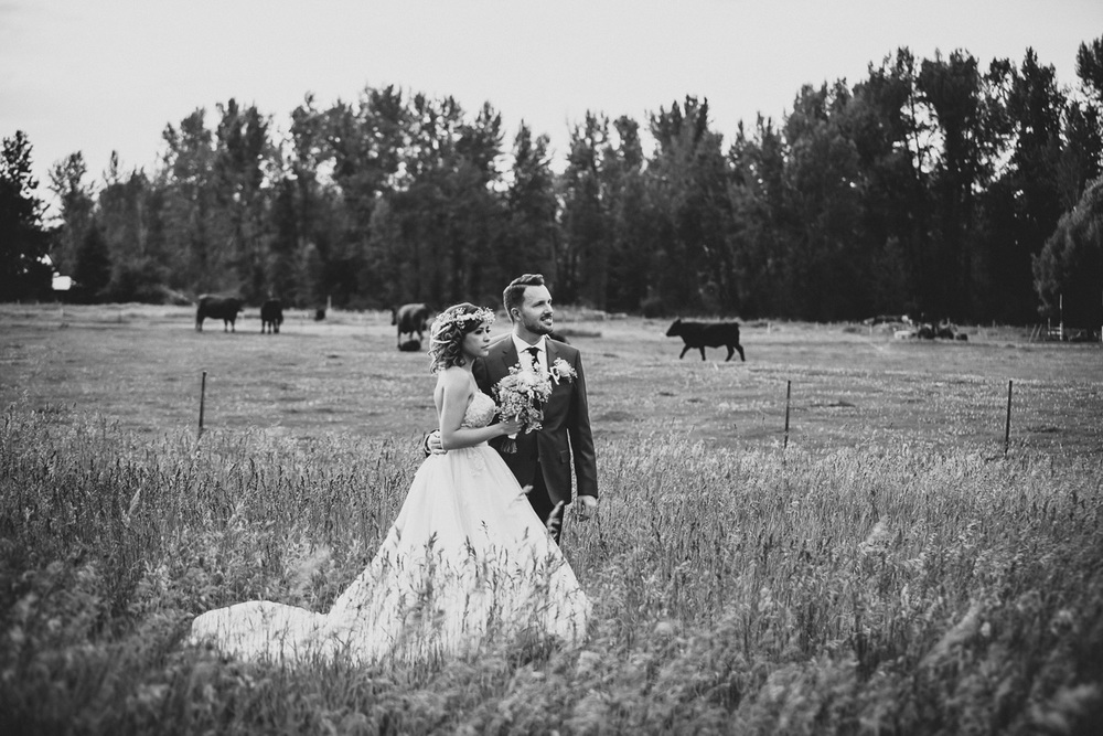 hart_0430_sol-gutierrez-wedding-mazama-winthrop-methow.jpg