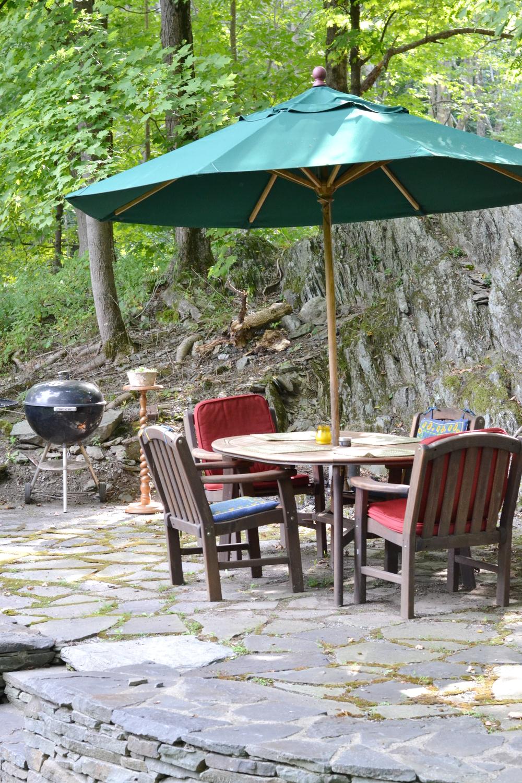 I love stone patios!
