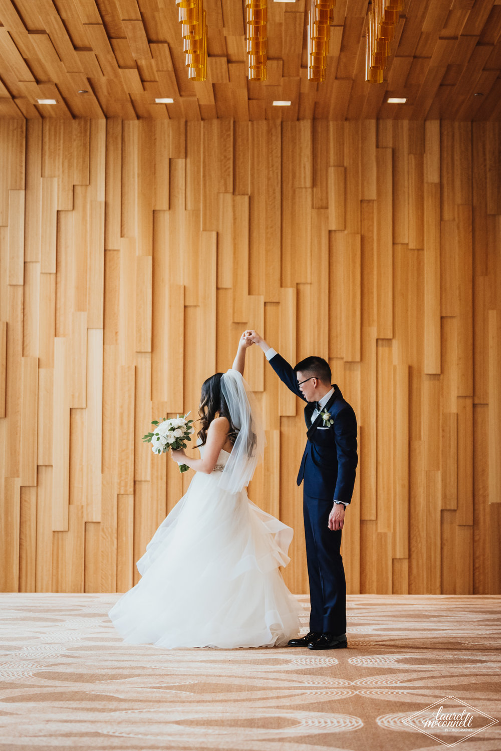 Seattle Bride and Groom Wedding Photography Inspo