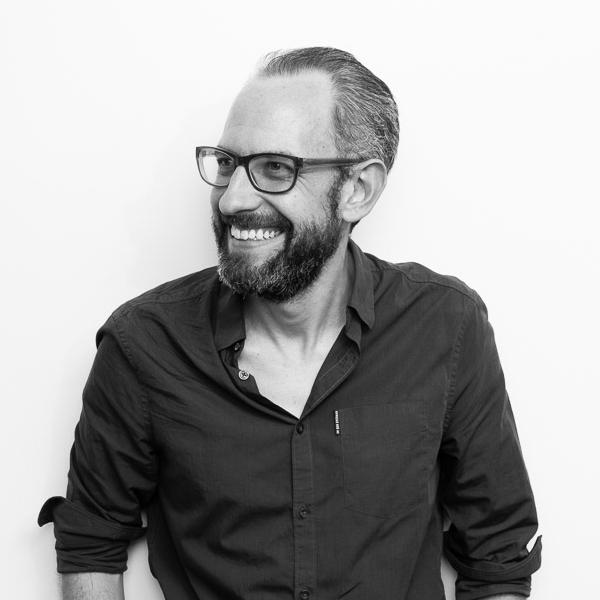 Simon Wright - Service Designer - Content Designer -Data Visualisation - User Experience Designer