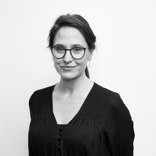 Rachel Stewart - Creative Strategist - Digital Producer - Community Engagement Specialist - Clothes Swapper