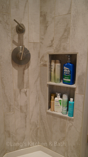 Shower design with shower niche storage