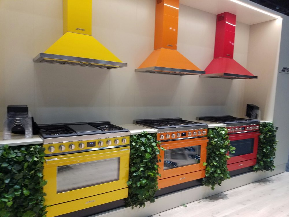 Smeg oven and hood colors