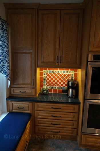 Kitchen design with beverage center and bench