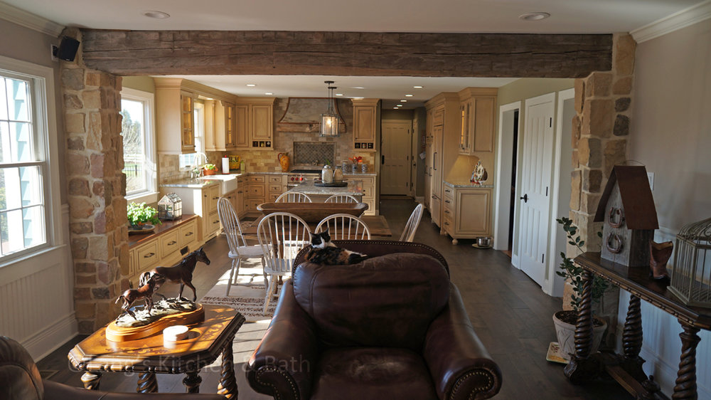 Farmhouse kitchen with hardwood floors